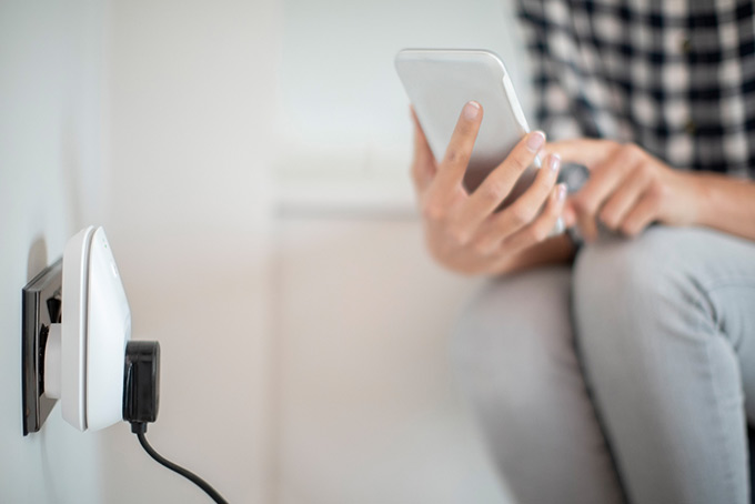 save money with smart plugs